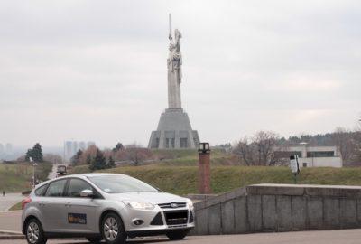 Передвигаемся по Киеву на авто. Что нужно знать не местному