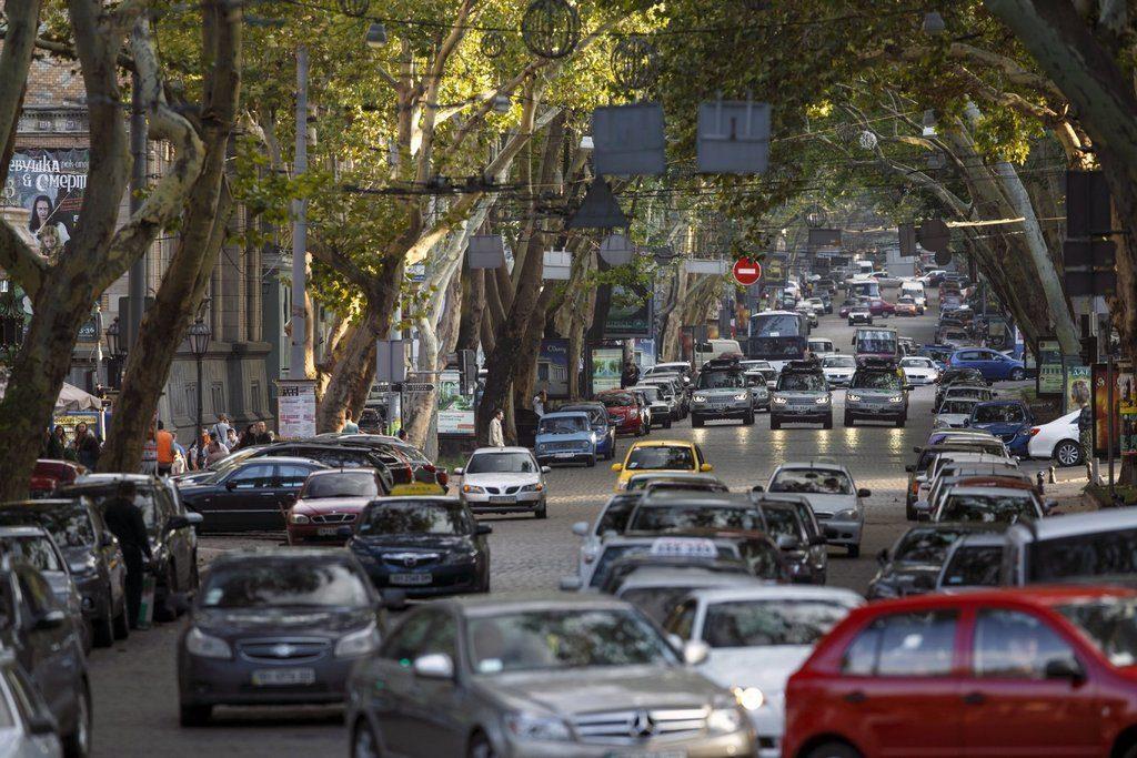 Транспорт в Одесі: які варіанти?
