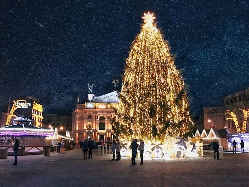 Lviv Christmas Market 2021 New Year Celebration In Lviv