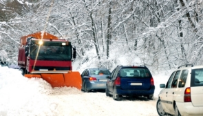 Що потрібно мати в автомобілі взимку в разі надзвичайної ситуації?
