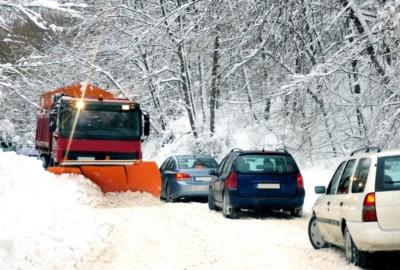 Что должно быть в автомобиле зимой в случае непредвиденной ситуации?